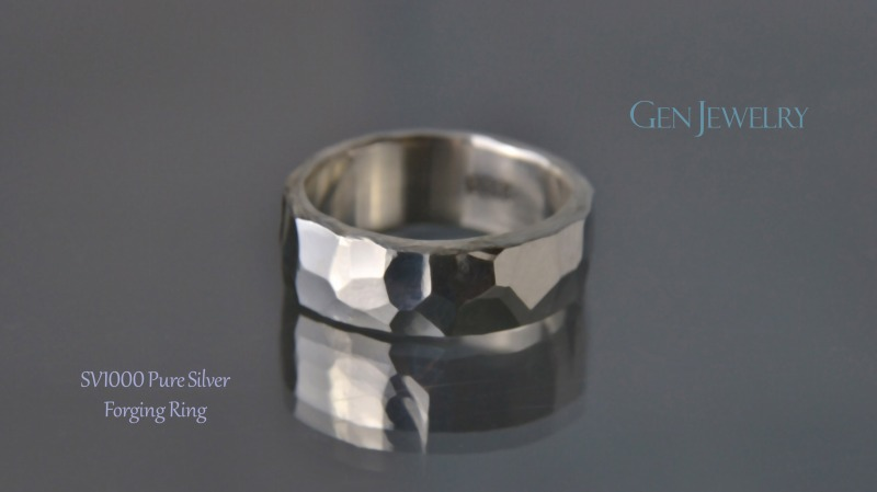 叩き締めて作ったPureSilver Forging Ring(C)-2