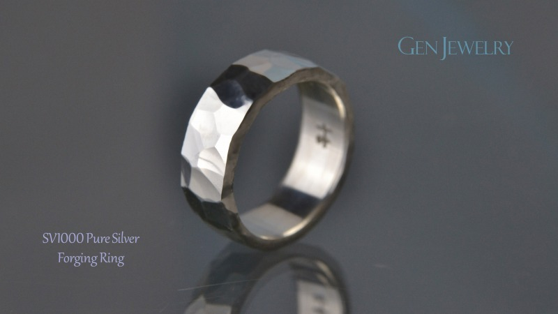 叩き締めて作ったPureSilver Forging Ring(C)-3
