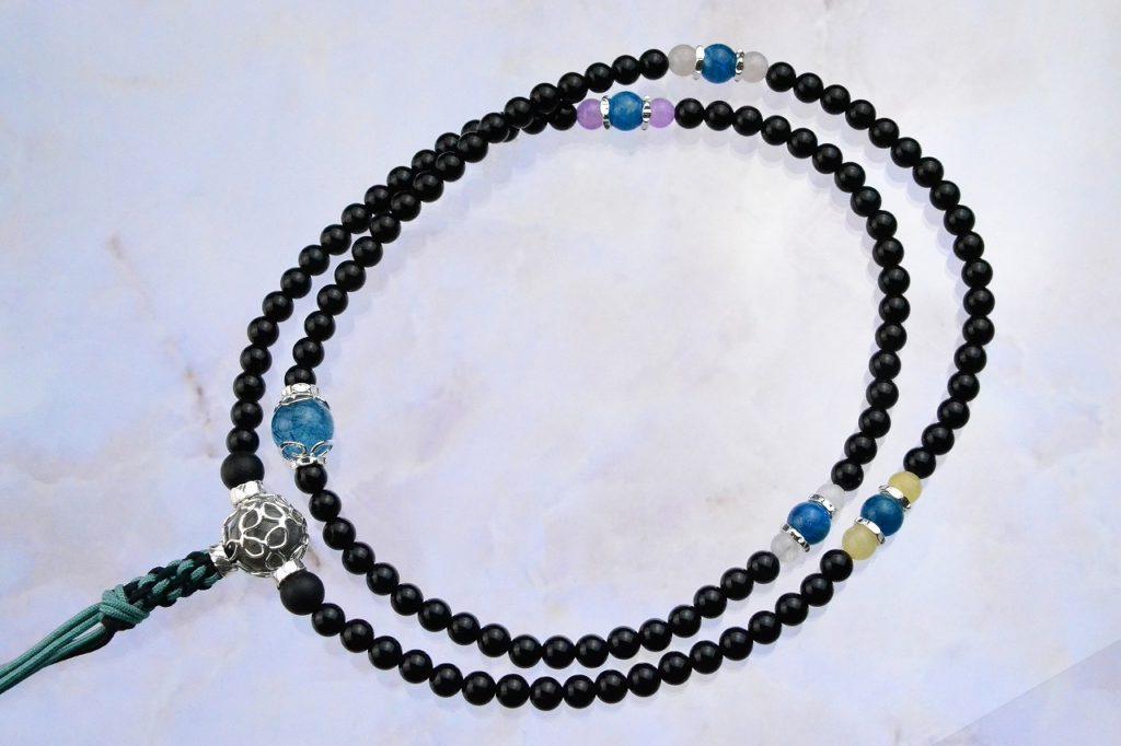 オニキスの精悍な華数珠