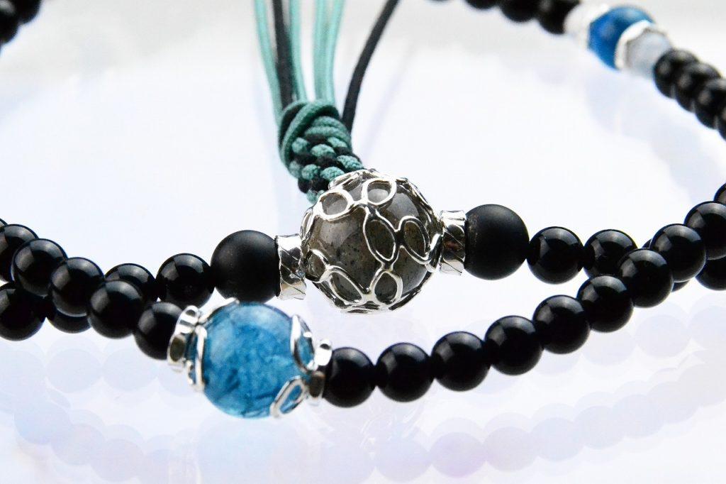 オニキスの精悍な華数珠-2